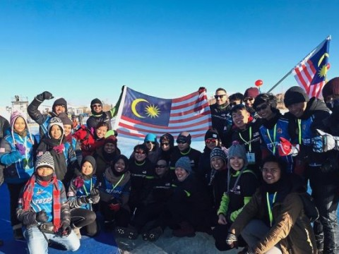 Malaysian teams hold their own at world ice dragon boat race
