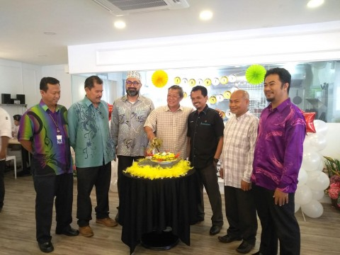 NEWS ON FAREWELL GATHERING FOR TN. HJ. MOHAMAD AZMI BIN ISMAIL AND WELCOMING GATHERING FOR BR. MIR AZRUL BIN SHAHARUDIN