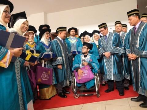 5,413 graduan diraikan Majlis Konvokesyen UIAM ke-34