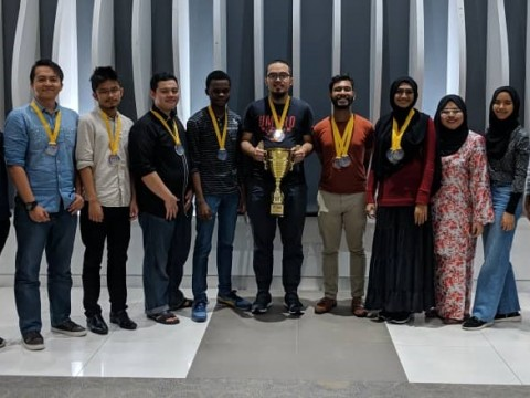 IIUM DEBATE TEAMS STRIKE AGAIN!