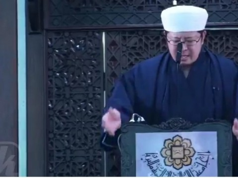 First time Friday prayer 'khutbah' in IIUM delivered in Japanese