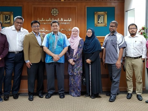 AIKOL alumni agree to work together for AIKOL Student Meal Project