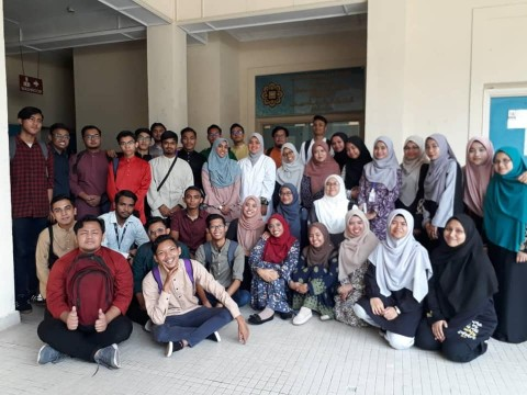 Educational visit by International Islamic College-IIC- students