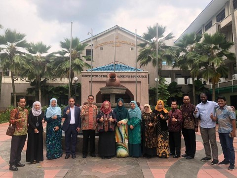 Visit from officials from University Islam Malang