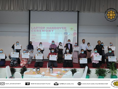 IIUM COVID-19 RELIEF FUND (ICRF):  HAND OVER LAPTOP TO IIUM NEEDY STUDENTS