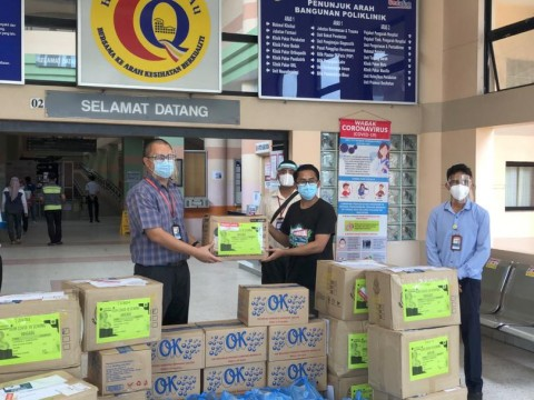 IIUM donates PPEs to hospitals in Sabah