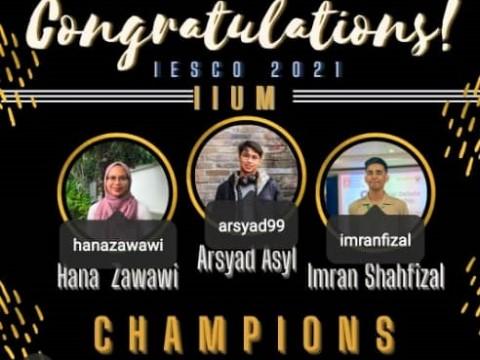 Champions of the Islamic Economics Debate Competition 2021