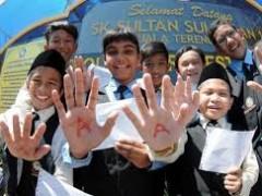 'MAKE NATIONAL SCHOOLS GREAT AGAIN'
