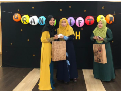 Iftar Ramadhan & Raya Gift Ceremony with Asnaf and Zakat Recipients CFSIIUM students 2019