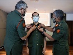 IIUM Rector receives Honorary Colonel Award from Malaysian Armed Forces