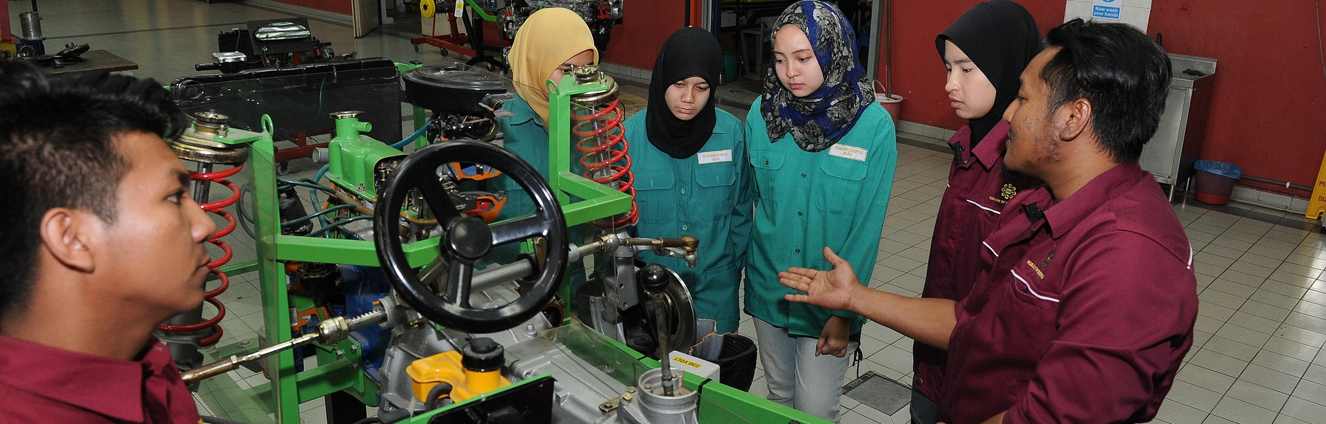 Bachelor of Engineering (Mechanical-Automotive) (Honours)