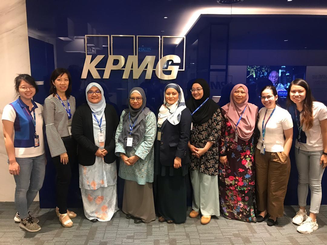 Career Tour Programme With KPMG at IIUM