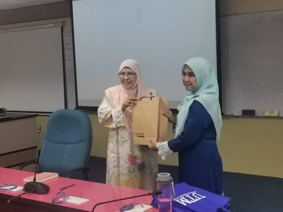 BENCHMARK VISIT TO SCHOOL OF GRADUATE STUDIES UNIVERSITI TEKNOLOGI MALAYSIA, SKUDAI, AND IIUM PAGOH