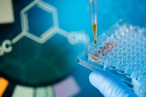 global_biologicalengineering-health-drug-experiment-lab-iStk