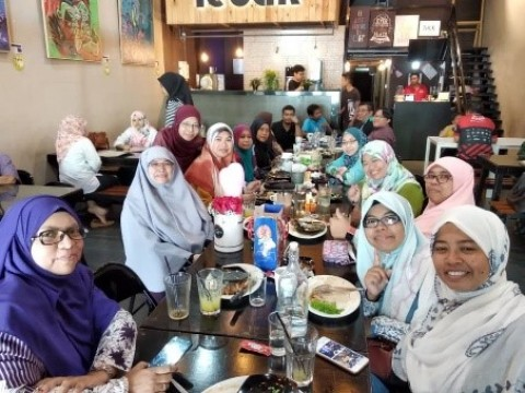 NEWS ON FAREWELL LUNCH FOR MDM ROSMARINA BINTI JAMALUDIN  (SENIOR BIOLOGY LECTURER, CFS, IIUM)