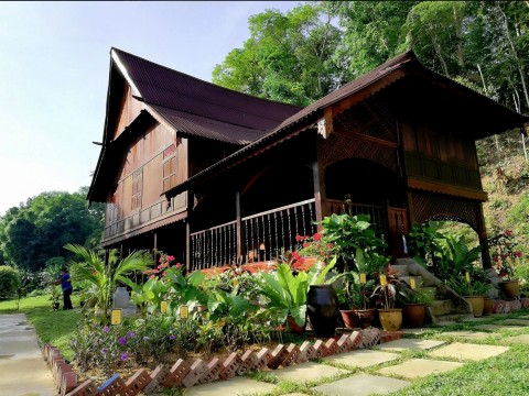 Perak govt identifying heritage products for funding