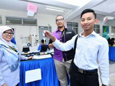 Pekan SPM Excellent Student Enrolled to CFS IIUM Gambang.