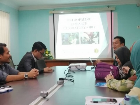 Laboratory visit by Department of Pathology and Laboratory Medicine (PALM), IIUMMC to Orthopaedic Reserch Laboratory (ORL)