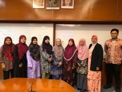 "Seminar talk on ""Efficient Management of Grants""."