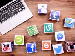 Govt urged to use social media to reach out to people
