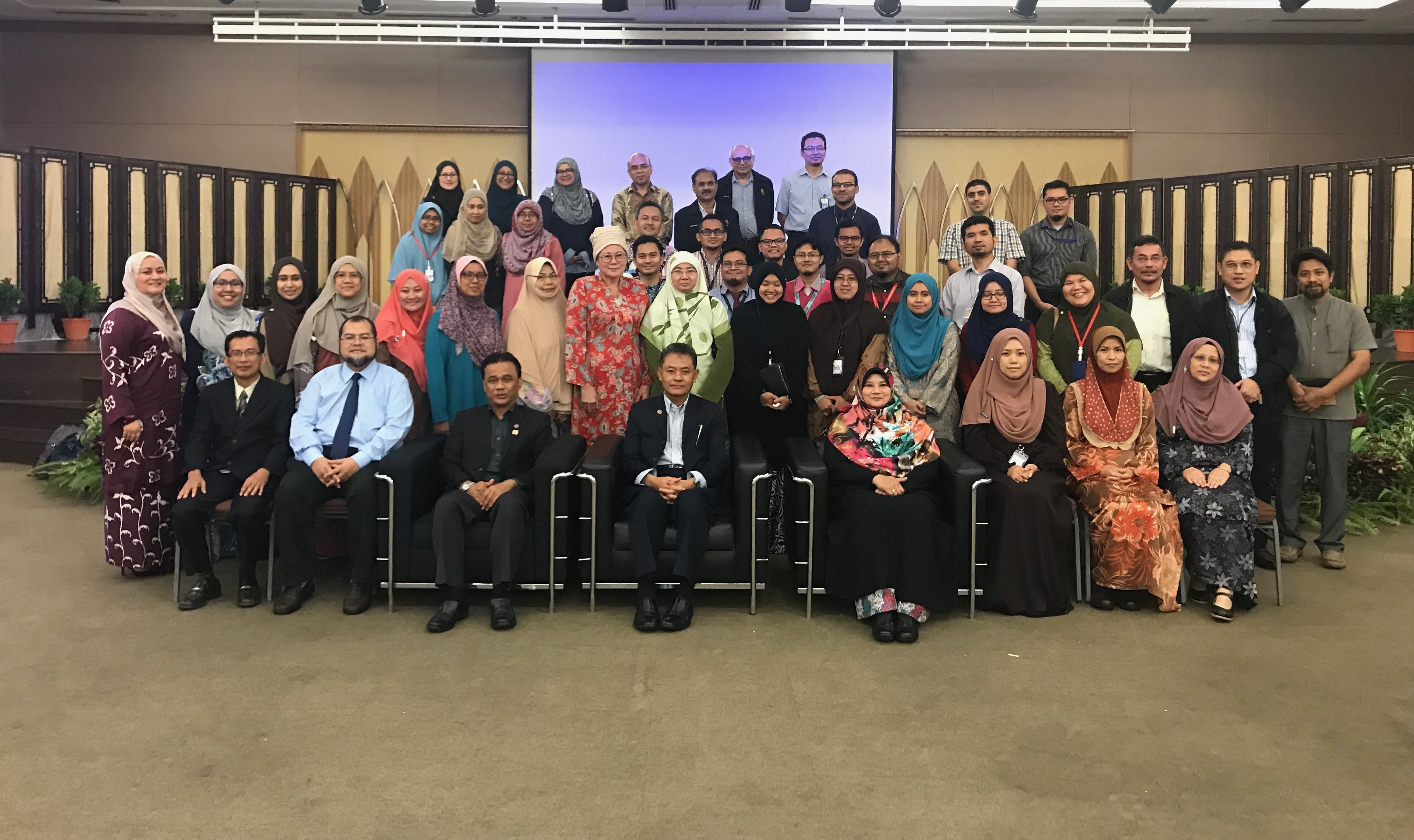 ROADSHOW No. 3 - IIUM GLOBAL PROMINENCE PROJECT FOR KUANTAN CAMPUS (21st March 2018)
