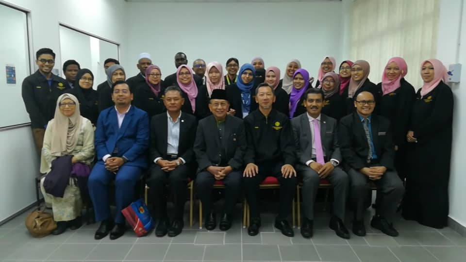 Launching of Research Laboratory of INHART  by the IUM former President, YBhg. Tan Sri Dato' Sri Utama Dr. Rais Yatim